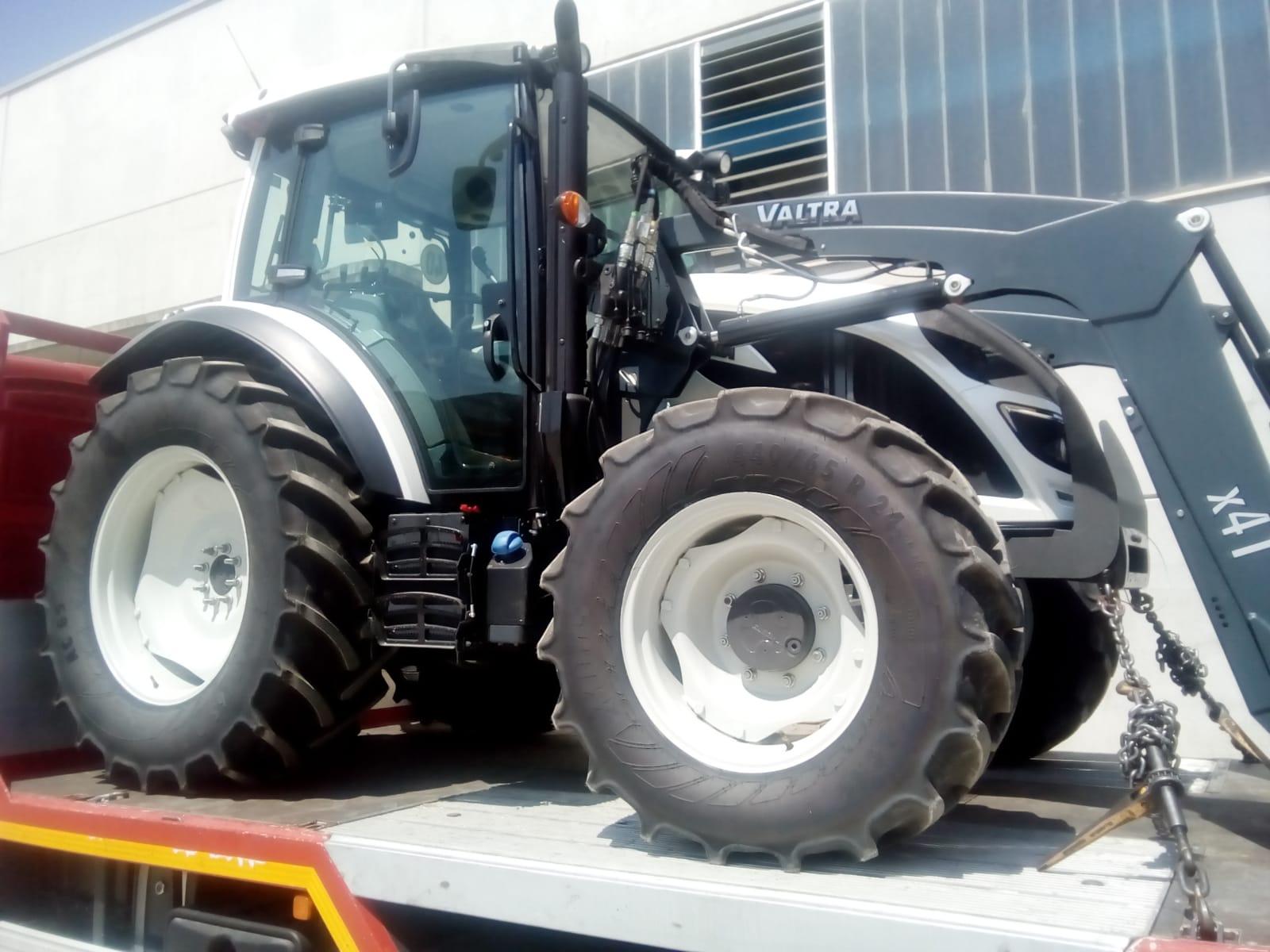 Consegnato VALTRA serie A84 🚜 a Mina Giuseppe Marene (Cn)