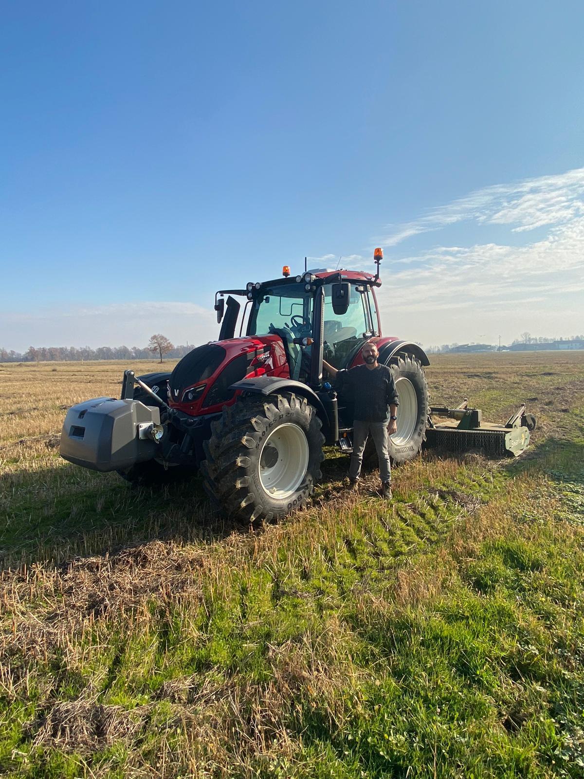 Consegnato 🎉 VALTRA serie N174 direct 🚜 a Gattinera farm di Salussola (Bi) 🔥💣