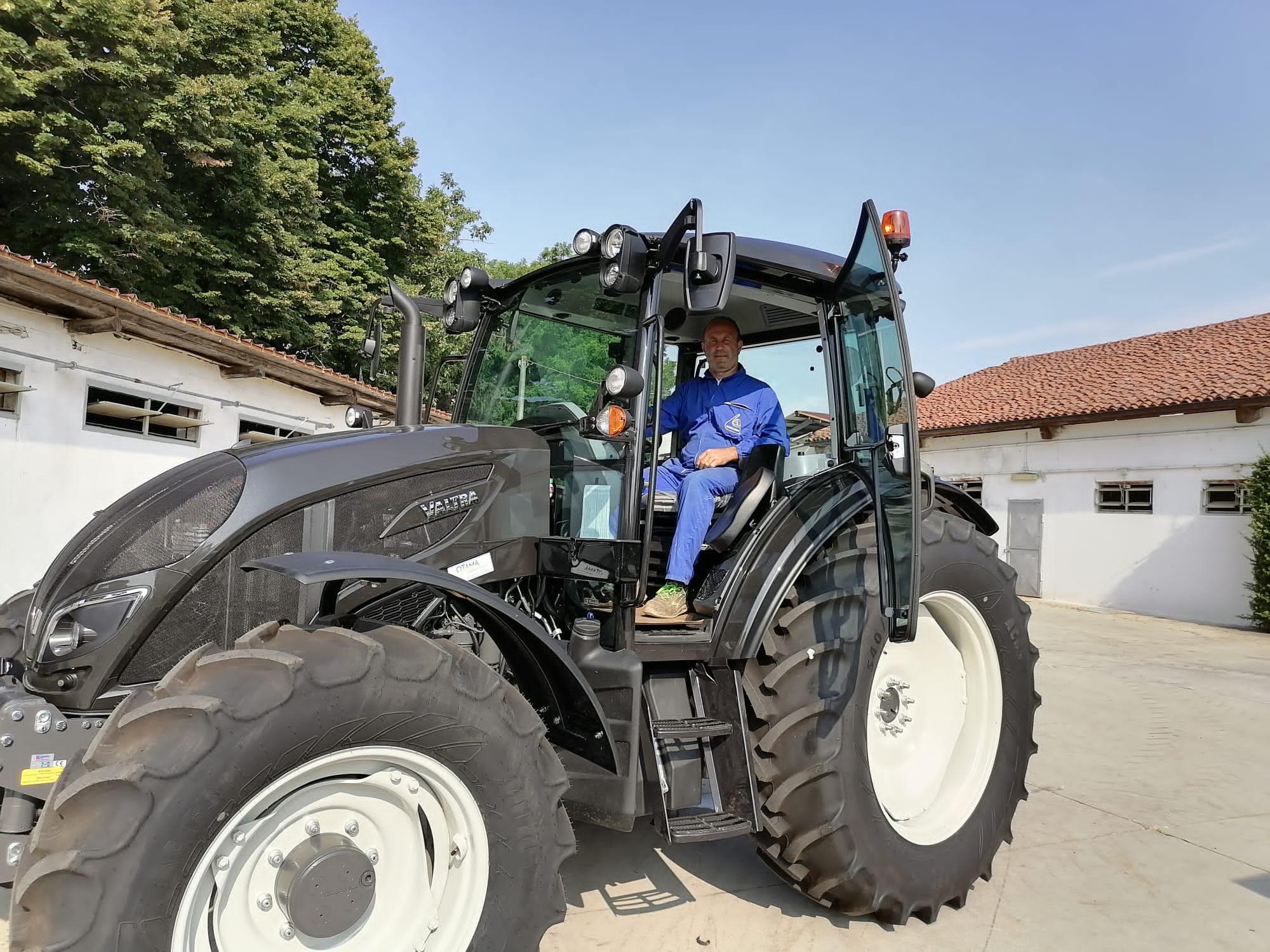 💥 Consegnato trattore VALTRA A134 a Silvestro Renato fraz Mellea di Fossano (Cn) 🚜💥